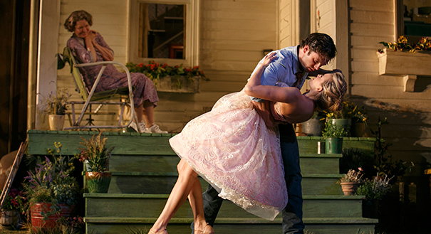 Stan as Hal and Grace as Made dancing in Picnic