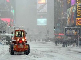 Broadway during a blizzard in 2000