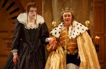 Joseph Timms as Anne, Mark Rylance as King Richard III i