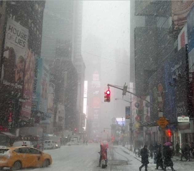 Times Square as of 2 p.m., January 21, 2014, snowing.  Photograph by Jonathan Mandell.
