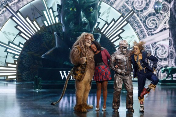 THE WIZ LIVE! -- Pictured: (l-r) David Alan Grier as Lion, Shanice Williams as Dorothy, Ne-Yo as Tin-Man, Elijah Kelley as Scarecrow -- (Photo by: Virginia Sherwood/NBC)