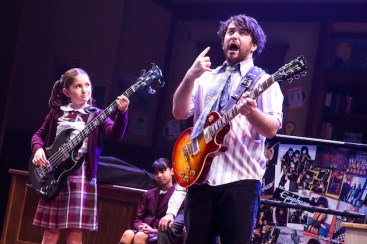 School of Rock 4 Evie_Dolan_and_Alex_Brightman