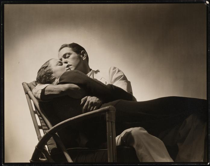 Margaret Barker as Laura Hudson and Alexander Kirkland as Dr. Ferguson in Men in White. 1933