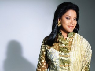 Phylicia Rashad in Head of Passes