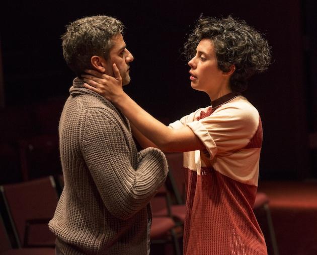 Oscar Isaac as Hamlet and Roberta Colindrez as Rosencrantz