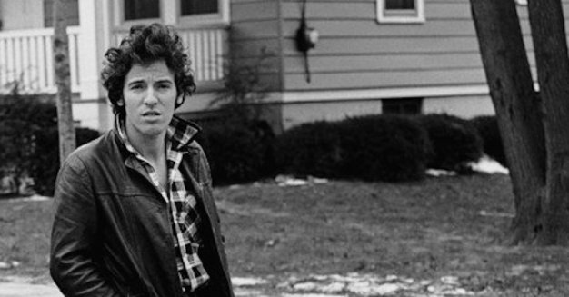 Bruce-Springsteen-Born-To-Run-book-cover1