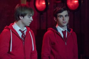 """RISE -- """"Opening Night"""" Episode 110 -- Pictured: (l-r) Sean Grandillo as Jeremy, Ted Sutherland as Simon Saunders -- (Photo by: Virginia Sherwood/NBC)"""