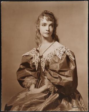 Lillian Gish as Ophelia in Hamlet, 1936