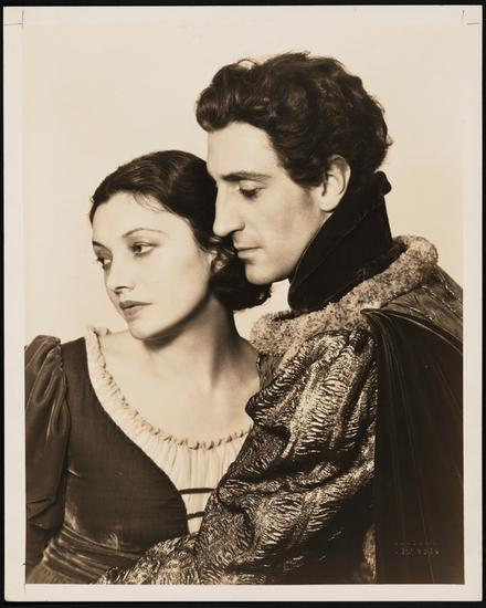 "Katharine Cornell as Juliet and Basil Rathbone as Romeo in ""Romeo and Juliet"". 1934"