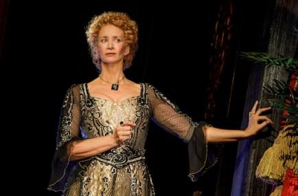 Janet McTeer as Sarah Bernhardt in Bernhardt/Hamlet