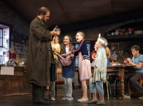 Justin Edwards (Tom Kettle) [holding Pierce The Bunny], Carla Langley (Shena Carney – hidden), Willow McCarthy (Mercy Carney), Brooklyn Shuck (Nunu (Nuala) Carney), Matilda Lawler (Honor Carney), and Rob Malone (Oisin Carney)