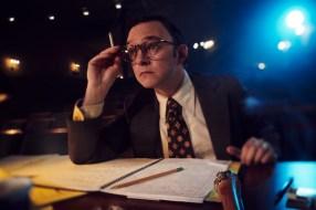 FOSSE VERDON -- Pictured: Nate Corddry as Neil Simon. CR: Pari Dukovic/FX