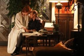 "FOSSE VERDON ""Life is a Cabaret"" Episode 1 (Airs Tuesday, April 9, 10:00 pm/ep) -- Pictured: (l-r) Michelle Williams as Gwen Verdon, Sam Rockwell as Bob Fosse. CR: Craig Blankenhorn/FX"
