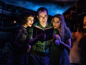 Beetlejuice 3 SOPHIA ANNE CARUSO, ROB McCLURE, KERRY BUTLER i