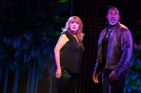 6 Broadway Bounty Hunter Annie Golden and Alan H. Green
