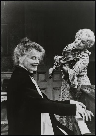 Katharine Hepburn and Dorothy Loudon in West Side Waltz, 1981, Hepburn's final Broadway production.