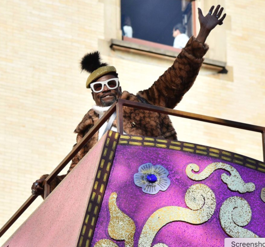 Billy Porter at the 93rd annual Thanksgiving Day Parade