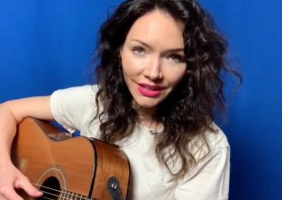 "Katrina Lenk, star of the forthcoming gender-reversed revival of Company,"" sang ""Johanna"" from Sweeney Todd, accompanying herself on guitar"