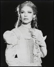 Dianne Wiest as Desdemona in 1982