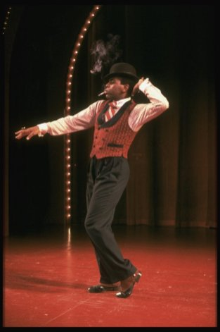 "Andre De Shields performing ""The Viper's Drag"" in a scene from the Broadway revival of the musical ""Ain't Misbehavin'"". 1988"