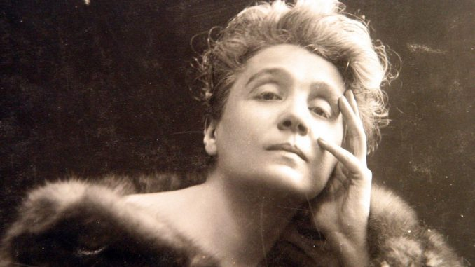 Eleanora Duse. Mankiewicz wrote her obituary