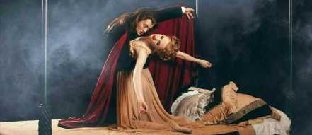 Royal Winnipeg Ballet Tours the production of Dracula