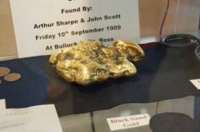 der größte Goldklumpen in Ross