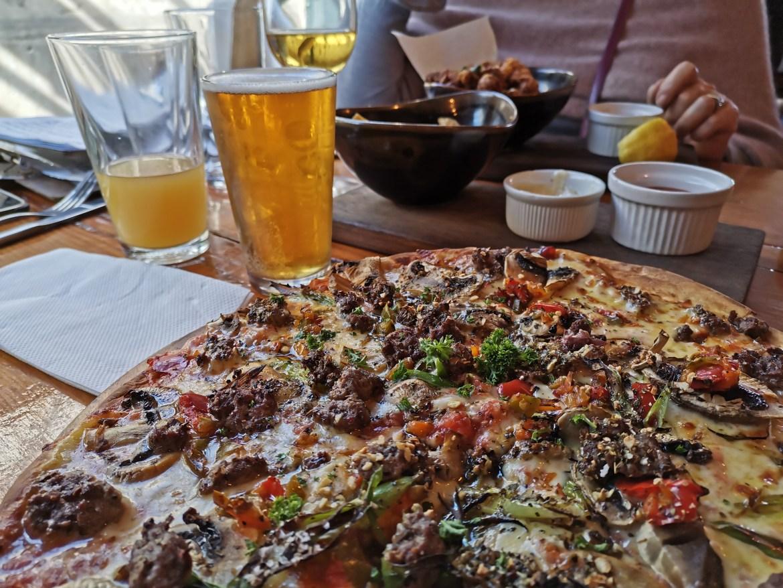 基督城美食推荐:利特尔顿海港的啤酒和披萨(Eruption Brewing)