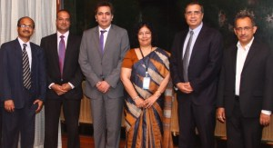 SBI and American Express enter into an alliance to expand AMEX card acceptance in India