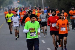 1 500 persons run for road safety in 'Punjab Half Marathon-2017' on Sunday
