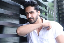 "Karanveer Shines due to his Dynamic in Debut Punjabi Film ""ROCKY MENTAL"""