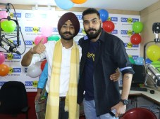"""Ranjit Bawa introduces New Voice of Tricity MJ SHIV in 92.7 Big FM's """"Big Morning Show"""""""