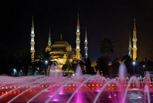 blue-mosque-istanbul-turkey-720x487
