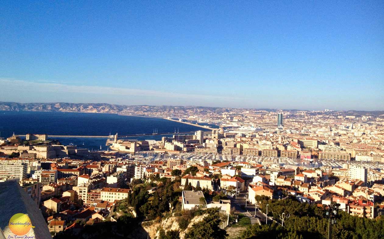 Marseille map and marseille satellite image.