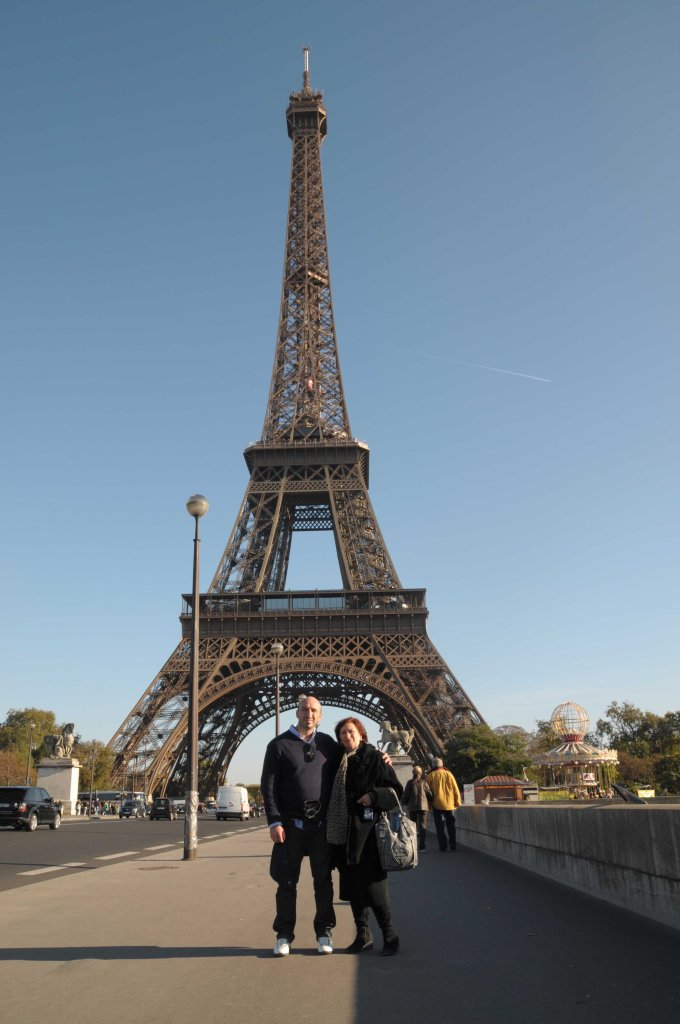 mother and son eiffel tower paris