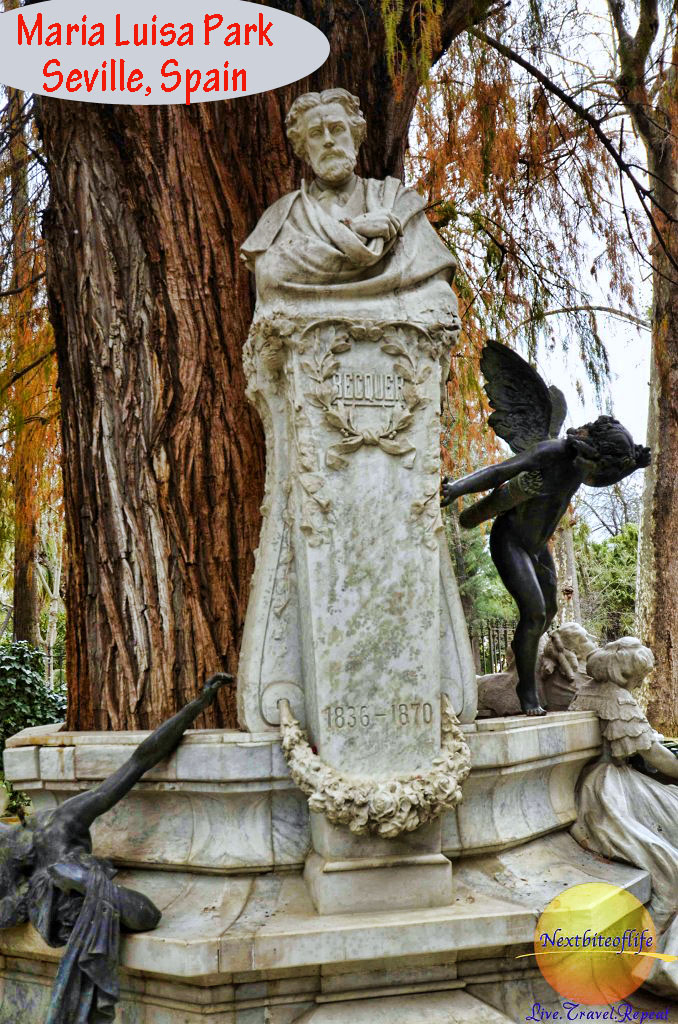 maria luisa park Seville statue Becquer and Cupid