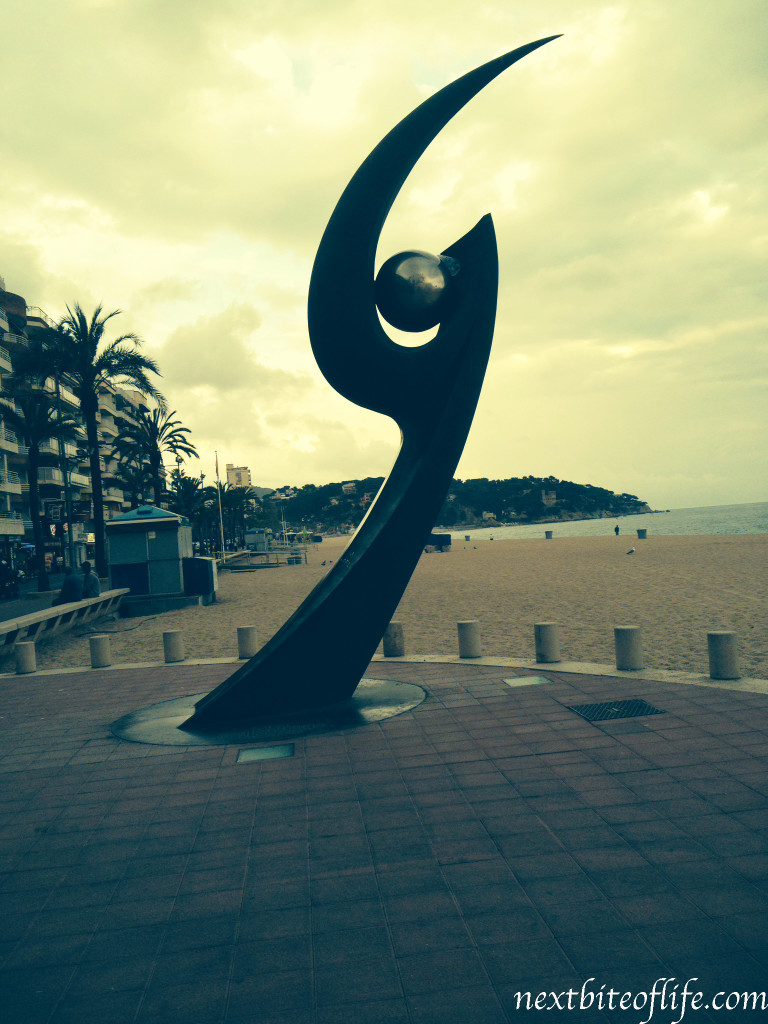 One of the open air art pieces found along the beach front..
