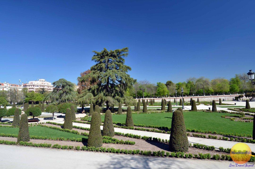 gardens at el retiro park