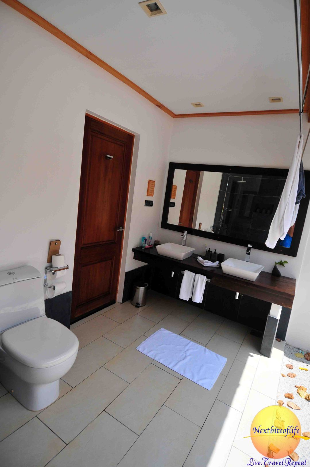 beach villa bathroom with double sink vilamendhoo