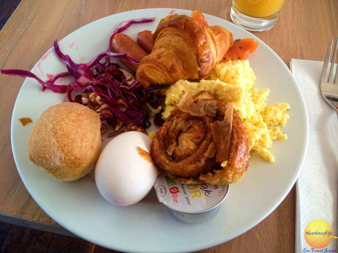 kurhotel skodsborg breakfast