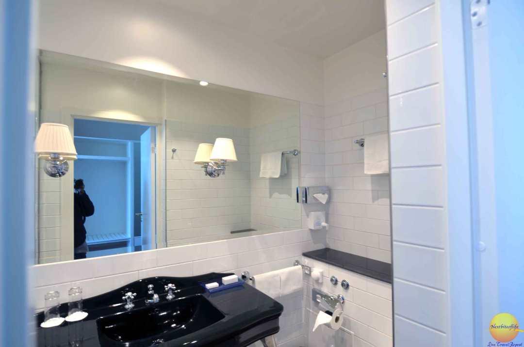 kurhotel skodsborg bathroom