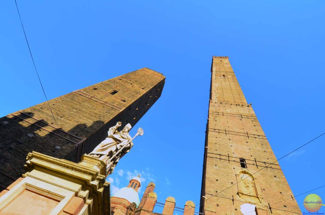 bologna italy two towers