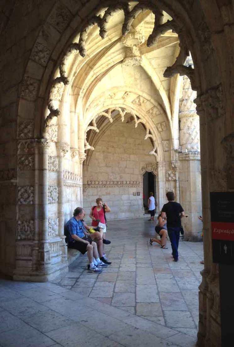 jeronimos monastery belem portugal cloister