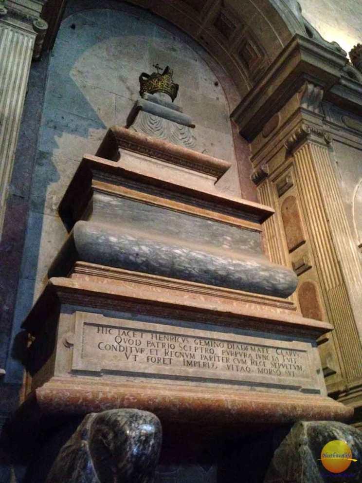 jeronimos monastery belem portugal king manuel tomb