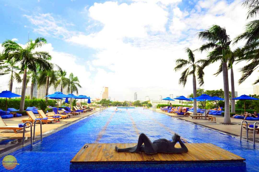 chatrium-hotel-pool