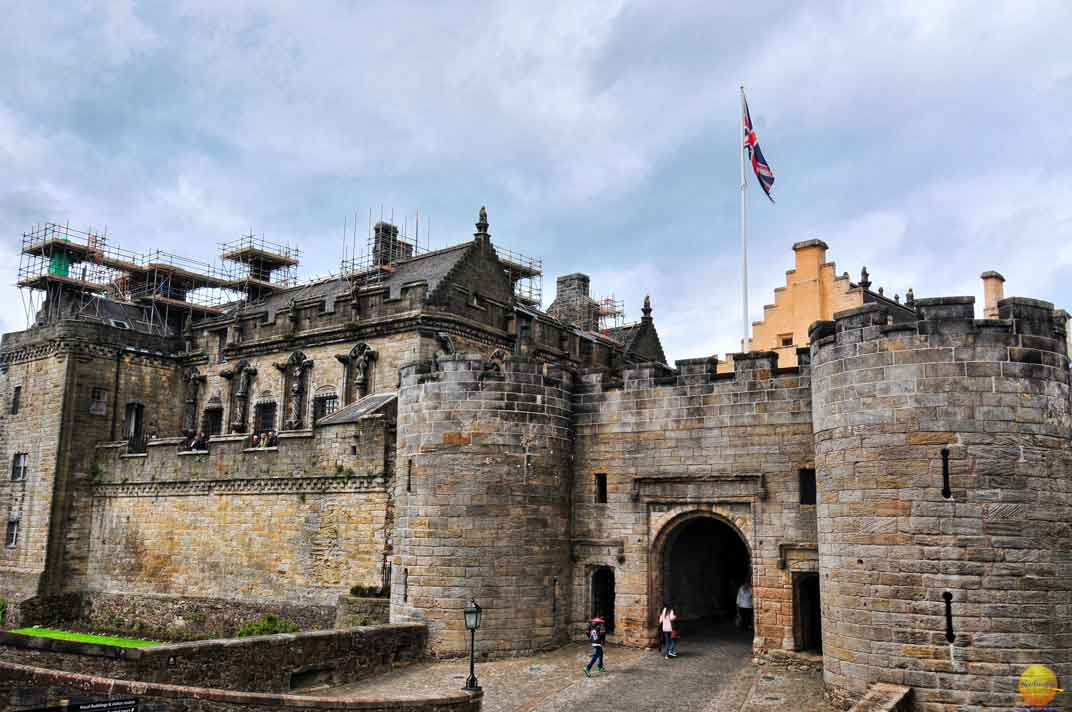 glasgow guide stirling castle front
