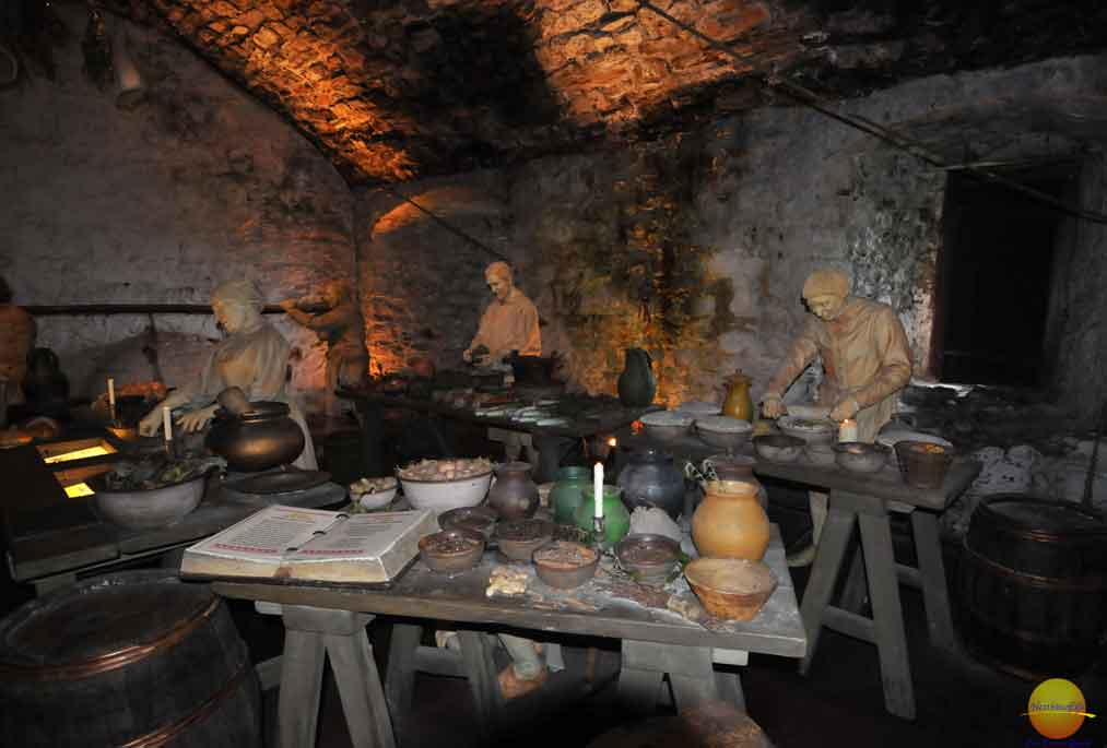 the kitchens at stirling castle glasgow guide