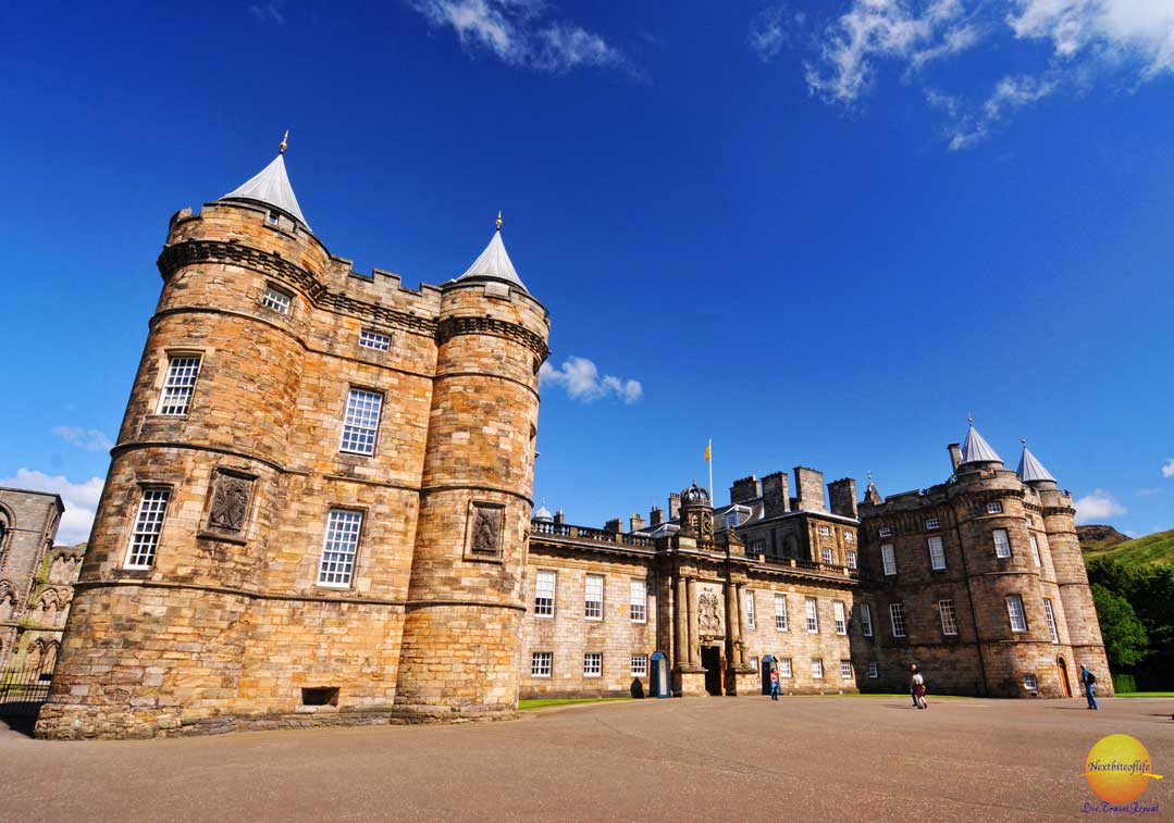 historic holyrood palace of royalty