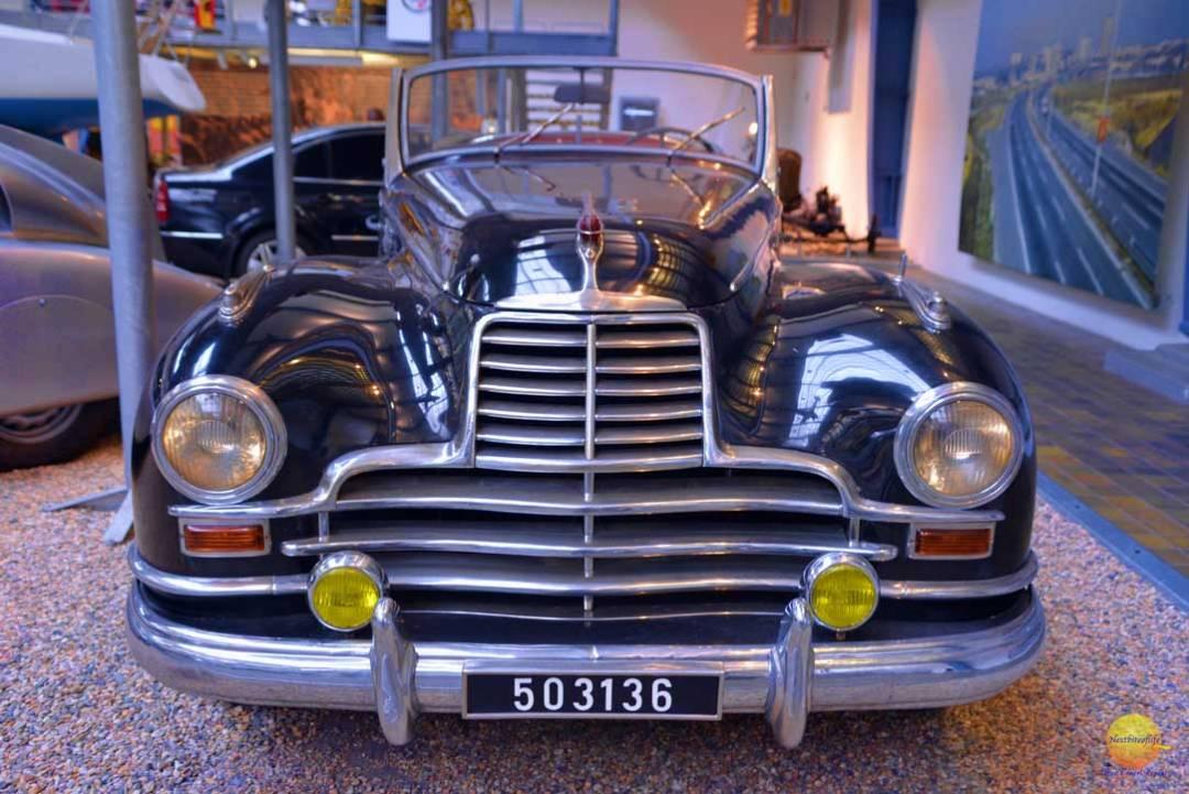 convertible car at praha technicke muzeum