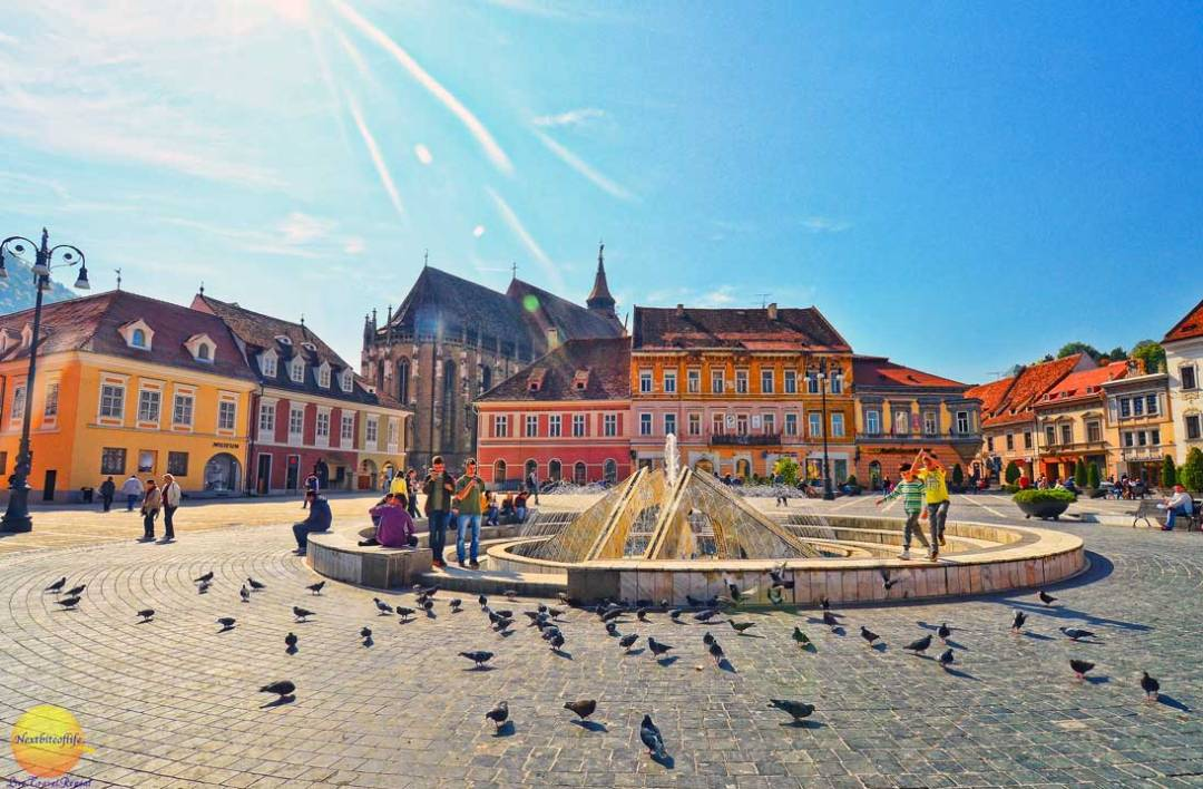 weekend in Brasov Romania is just perfect - main square